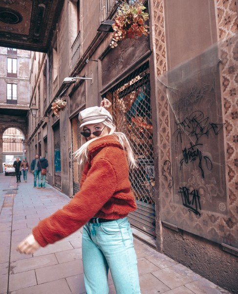 feeling lost self-discovery farahinthesun farah in the sun farah cuyvers barcelona blogger belgian