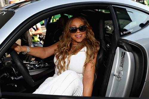 Quieren demandan a Mariah Carey por acoso sexual. WTF?