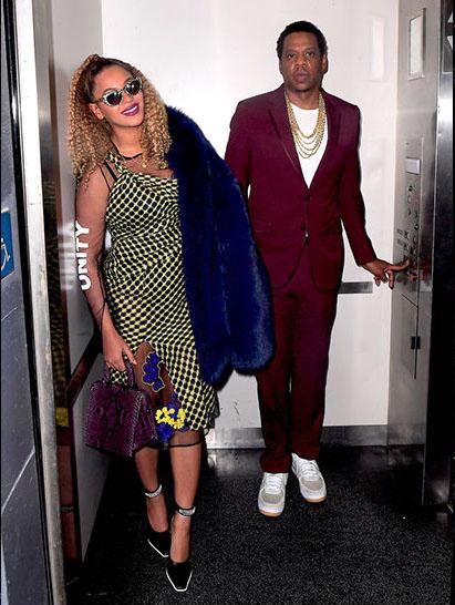 Jay Z y Beyonce en un ascensor LOL! Jay Z Bday
