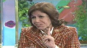 Lourdes Flores ,  Magaly Medina