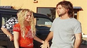 Shakira, Antonio de la Rúa