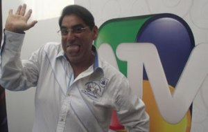 Carlos Álvarez