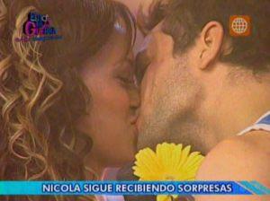 Angie Arizaga , Nicola Porcella , Esto es Guerra , Videos de Espectáculos