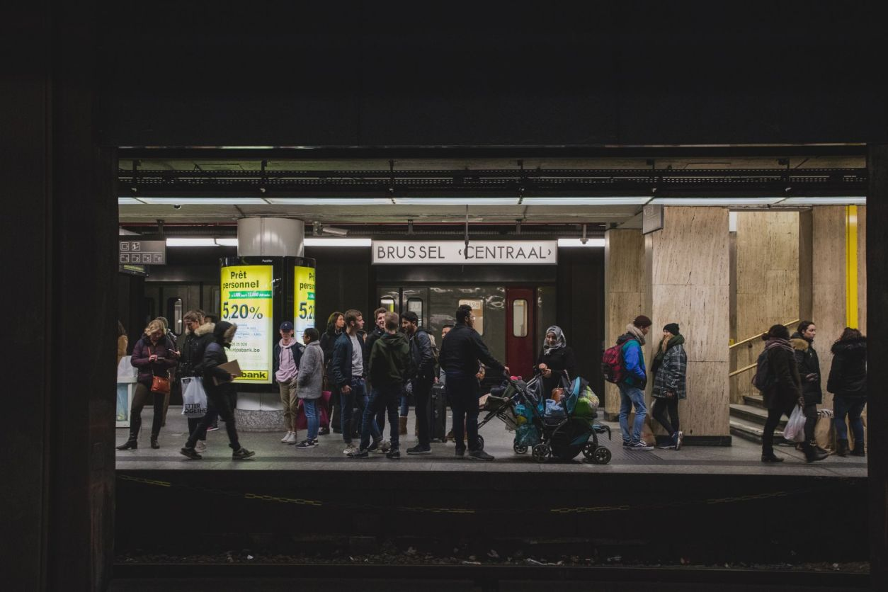 travellers-and-commuters-standing-on-platform-of-european-station-at-brussels-central-station-belgium