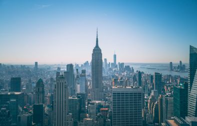 the-view-from-the-top-of-the-rock-across-to-the-empire-state-building-on-a-beautiful-summers-day-with-blue-skies-new-york-in-4-days