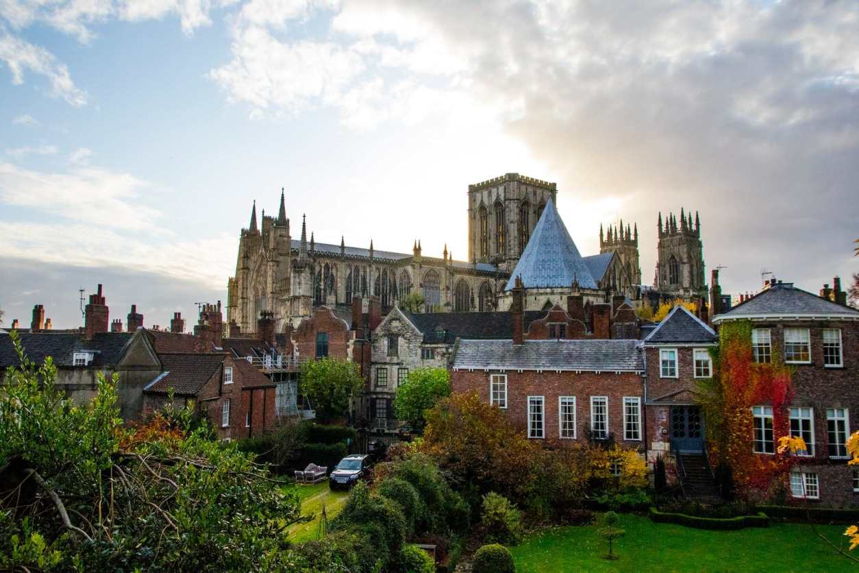 buildings-and-gardens-at-the-back-of-a-church-york-minster