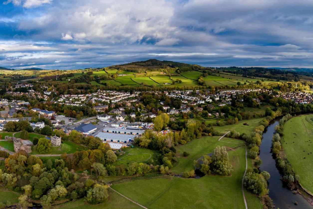aerial-view-of-abergavenny-town-in-the-brecon-beacons-days-out-in-south-wales