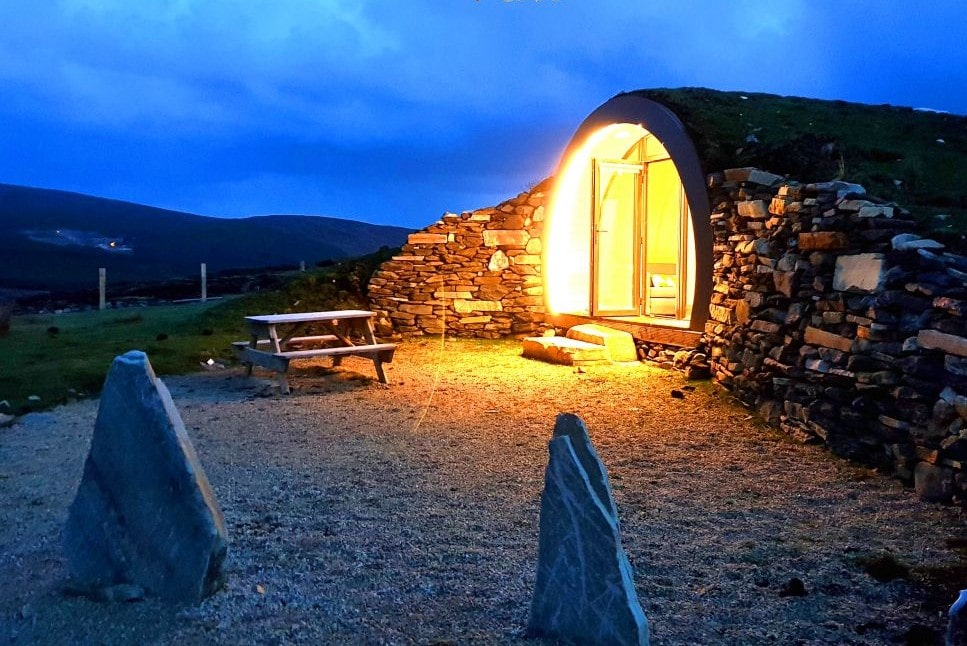 hobbit-house-cropod-lit-up-at-night