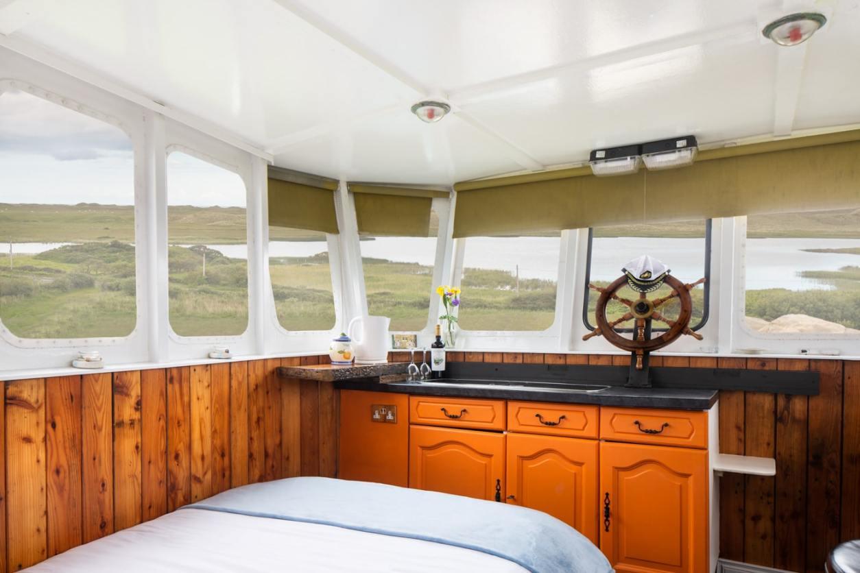 the-boat-accommodation-at-corcreggan-mill