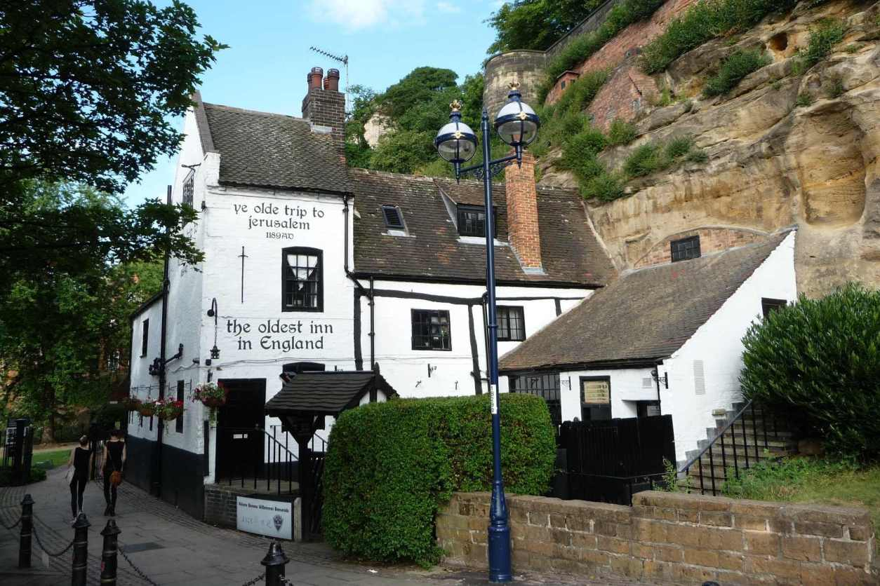ye-olde-trip-to-jerusalem-the-oldest-inn-in-england