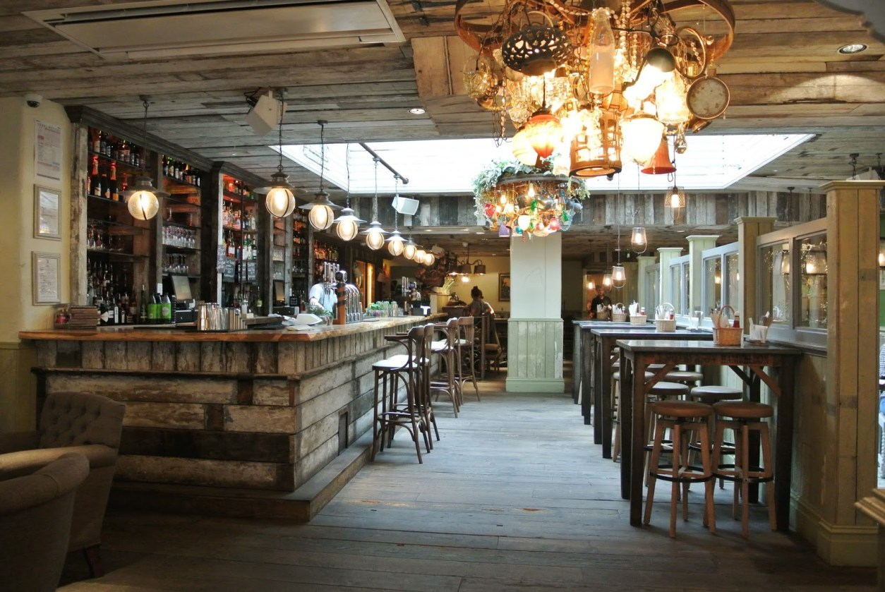 bright-bar-and-seating-areas-at-the-botanist-restaurant-bottomless-brunch-birmingham