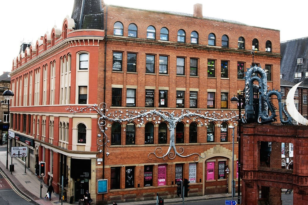 large-brown-and-coral-building-afflecks-market-in-northern-quarter