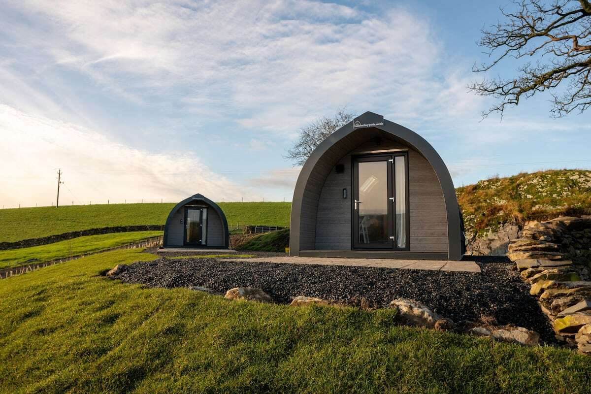 two-glamping-pods-on-hillside-at-the-shearing-shed