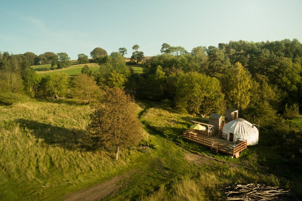 view-of-hadrians-wall-yurt-in-field-from-above