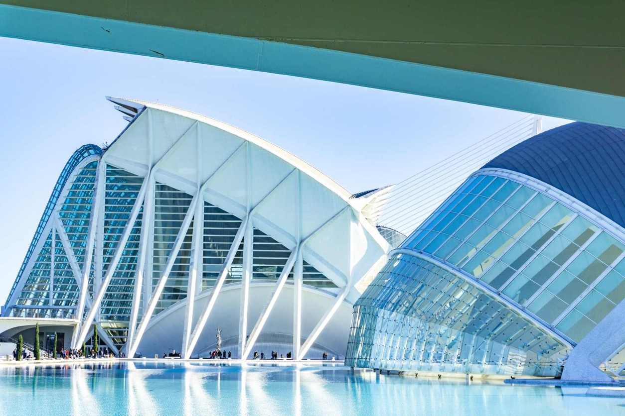 white-building-with-glassfront-the-city-of-arts-and-science-in-valencia