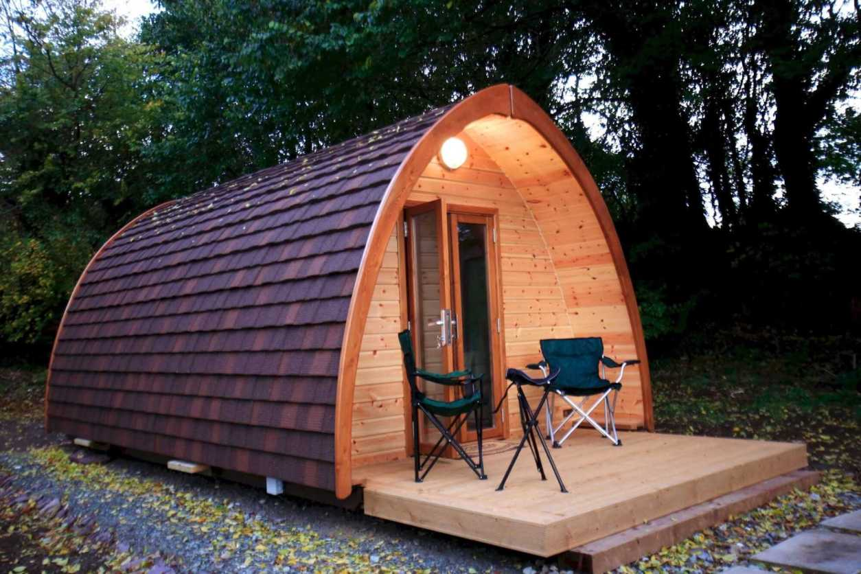corcorans-pod-with-decking-and-camping-seating-in-woodland-glamping-cork