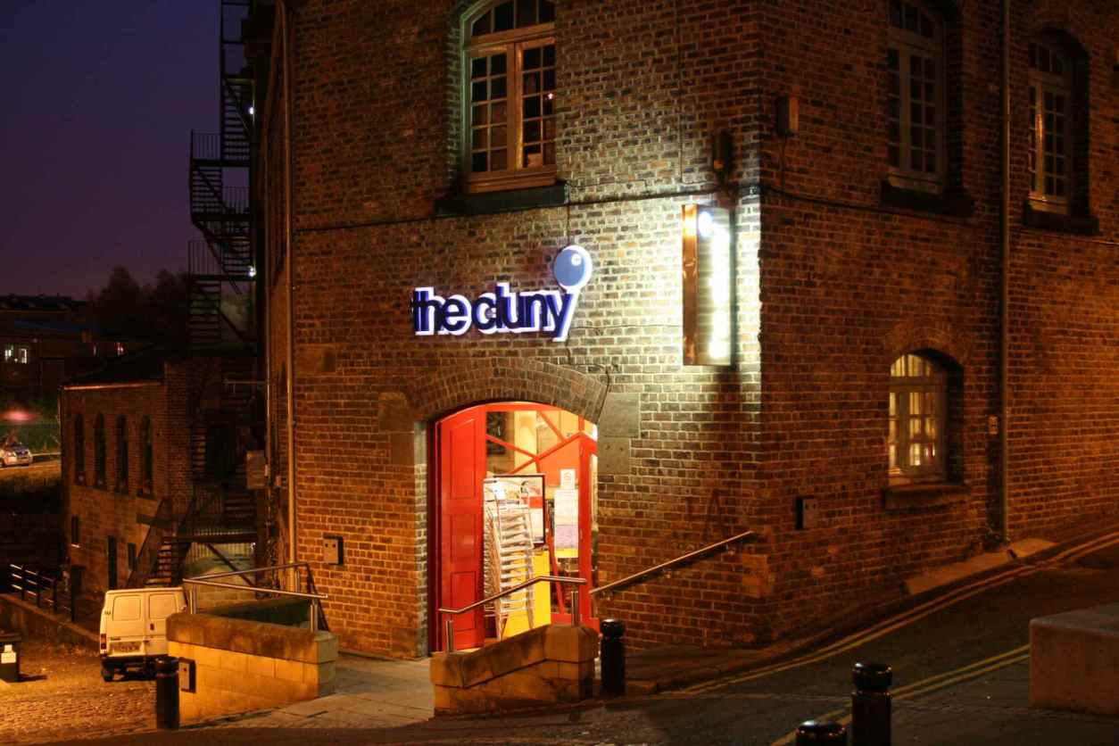 exterior-of-the-cluny-live-music-venue-at-night