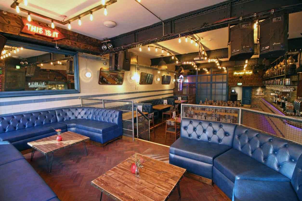interior-of-industrial-forum-kitchen-and-bar-restaurant