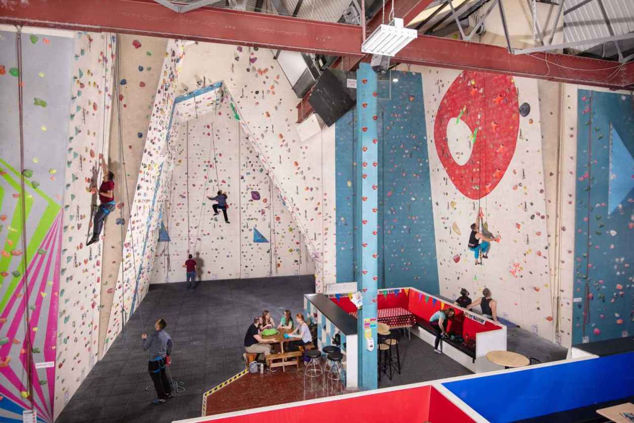 people-climbing-walls-inside-boulders-indoor-activities-cardiff