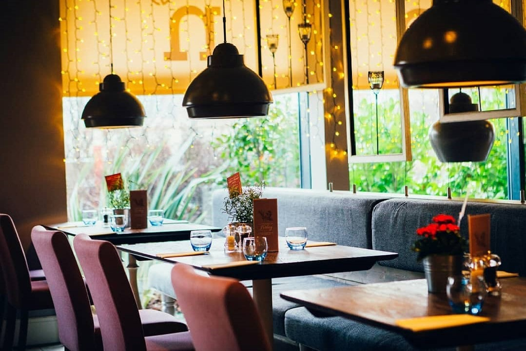 tables-sofas-and-chairs-inside-seven-restaurant-bottomless-brunch-derby