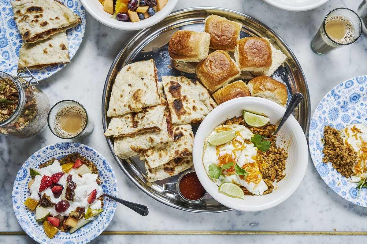 bowls-of-indian-brunch-food-at-dishoom-edinburgh-best-brunch-in-edinburgh
