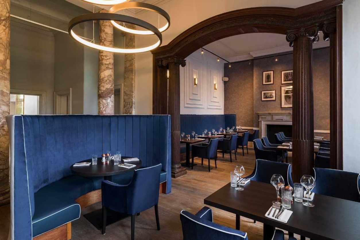 interior-of-black-iron-restaurant-in-winstanley-house-hotel-bottomless-brunch-leicester