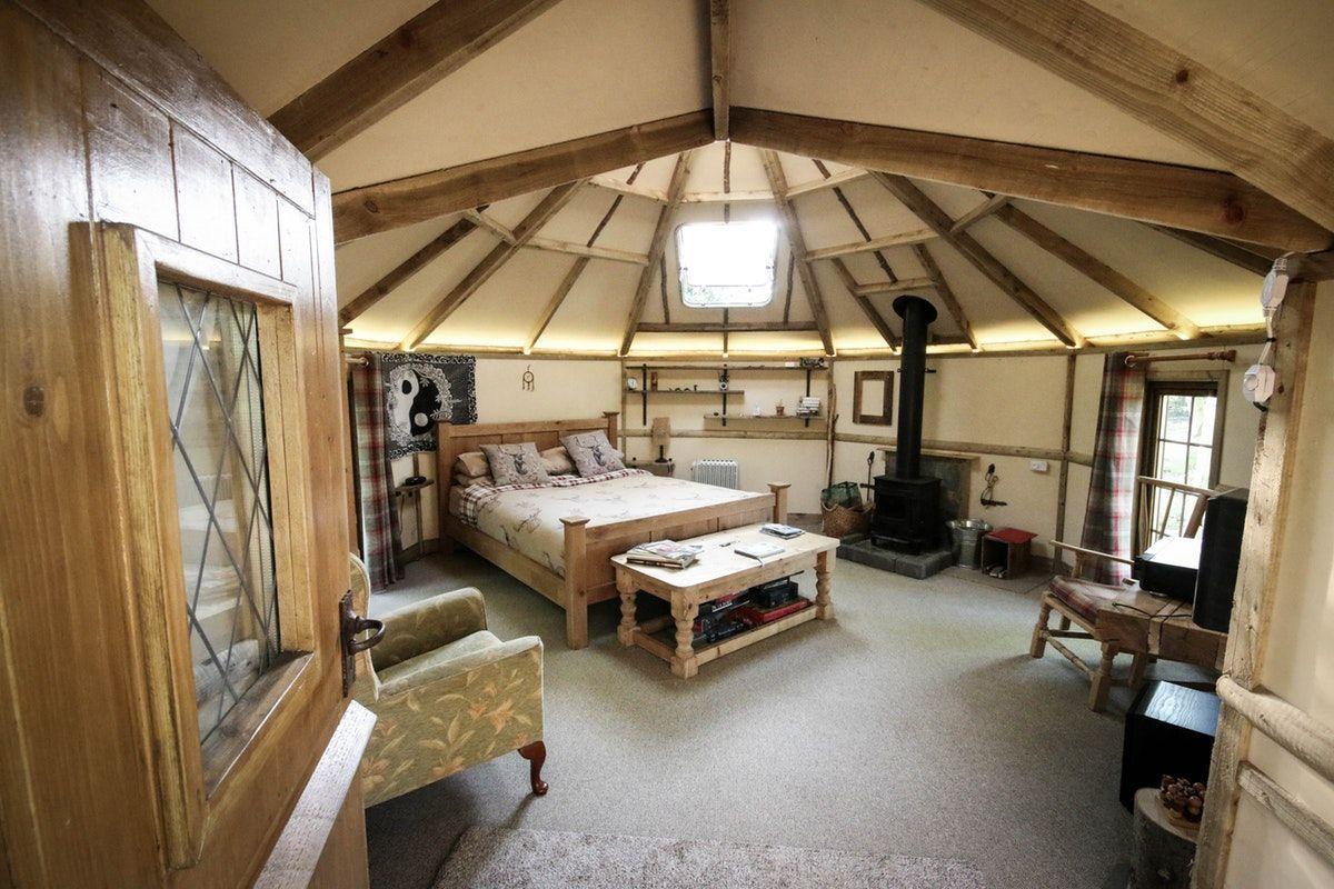 interior-of-the-trees-hut-at-birkins-croft