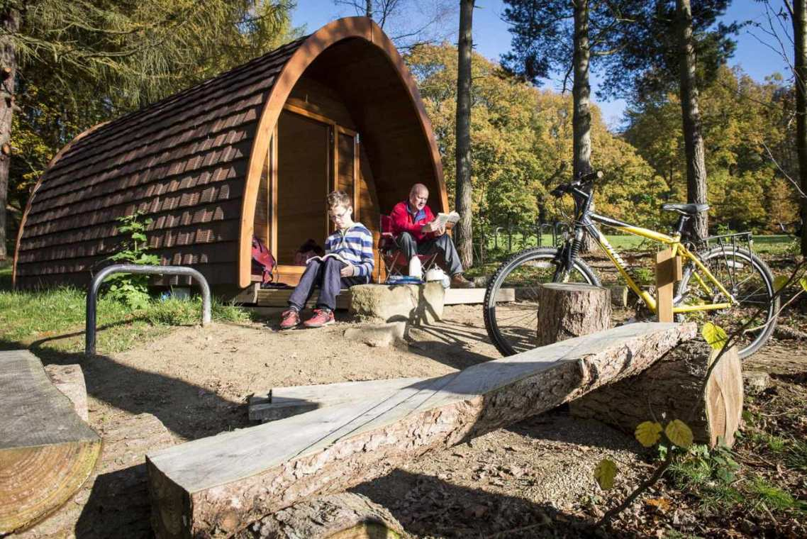 north-lees-glamping-pod-in-forest