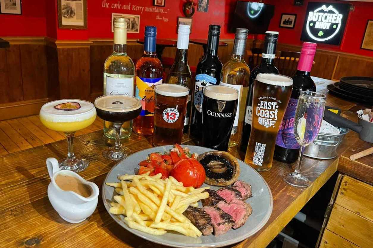 steak-chips-and-alcohol-at-the-butchers-bhoy-bottomless-brunch