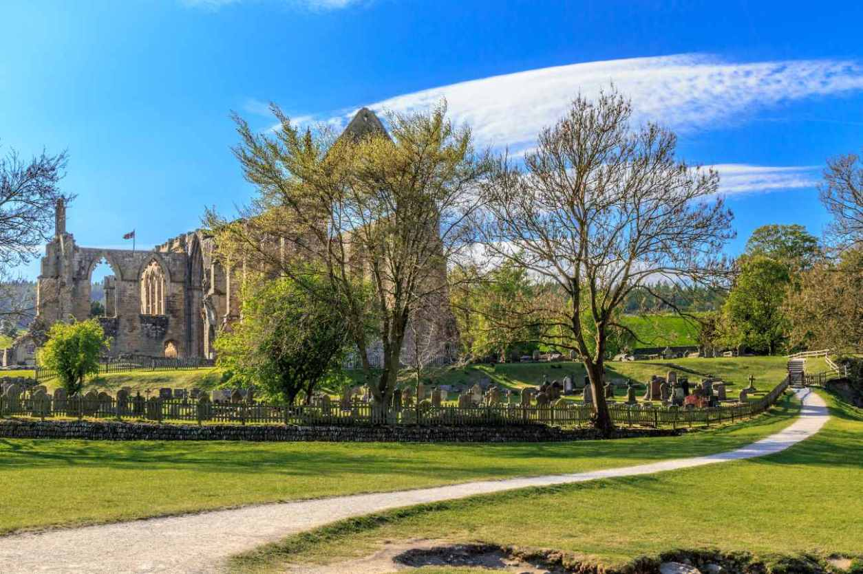 exterior-of-bolton-abbey-day-trips-from-york