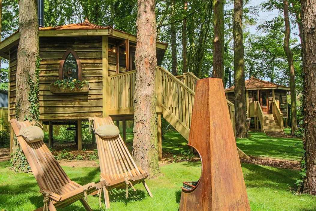 forest-hideaway-cabins-in-forest-at-port-lympne