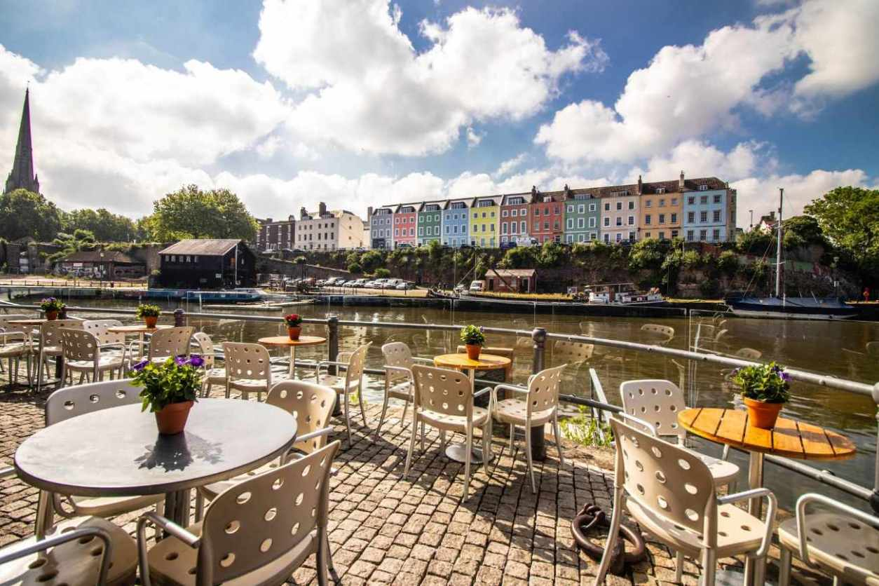 riverstation-terrace-overlooking-river-rooftop-bars-bristol
