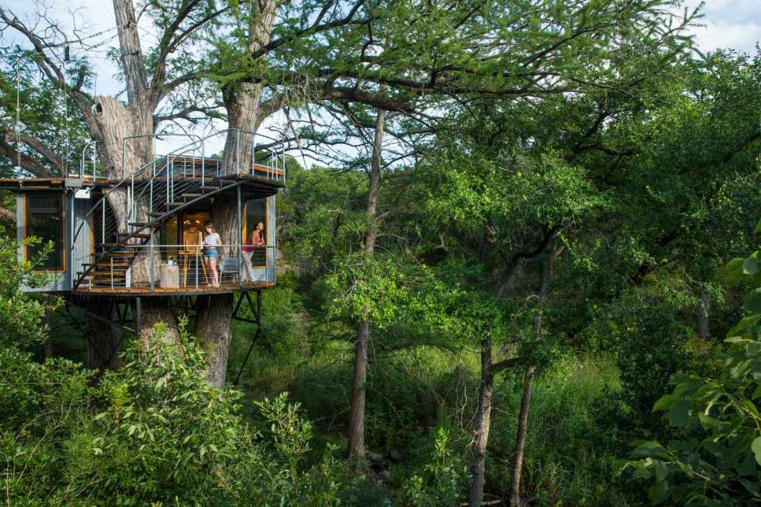 cypress-valley-treehouse-amid-trees-glamping-texas