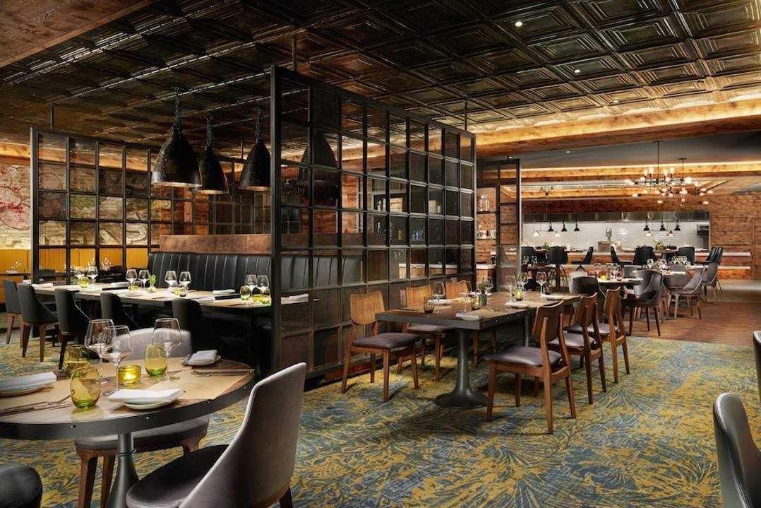 restaurant-seating-inside-oxbo-bankside