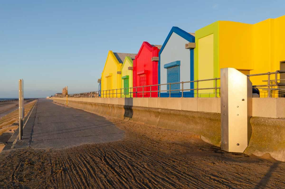 colourful-kiosks-on-seafront-promenade-on-prestatyn-beach
