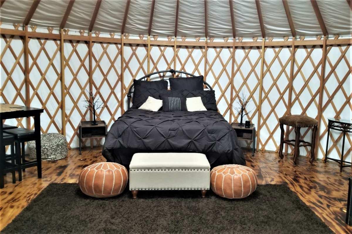 interior-of-paradise-cove-at-lake-grapevine-yurt