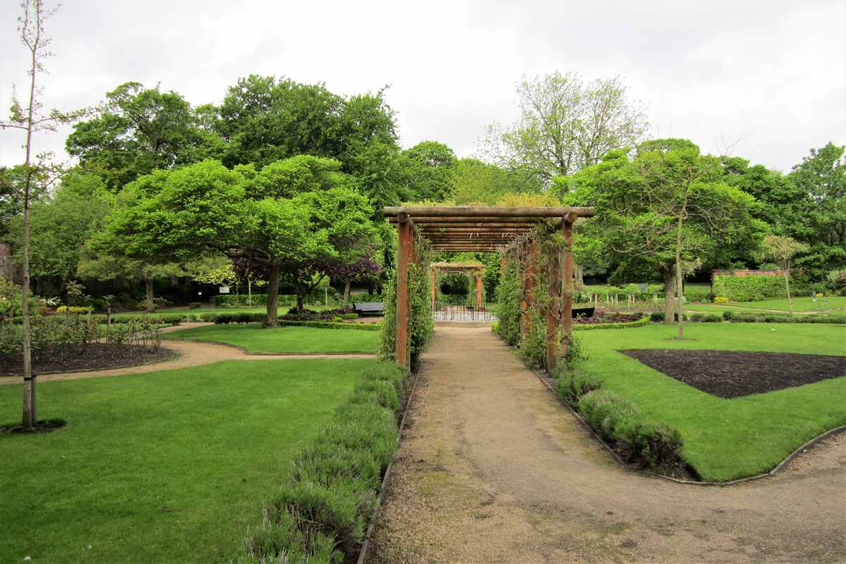 paths-in-greenbank-park-on-cloudy-day