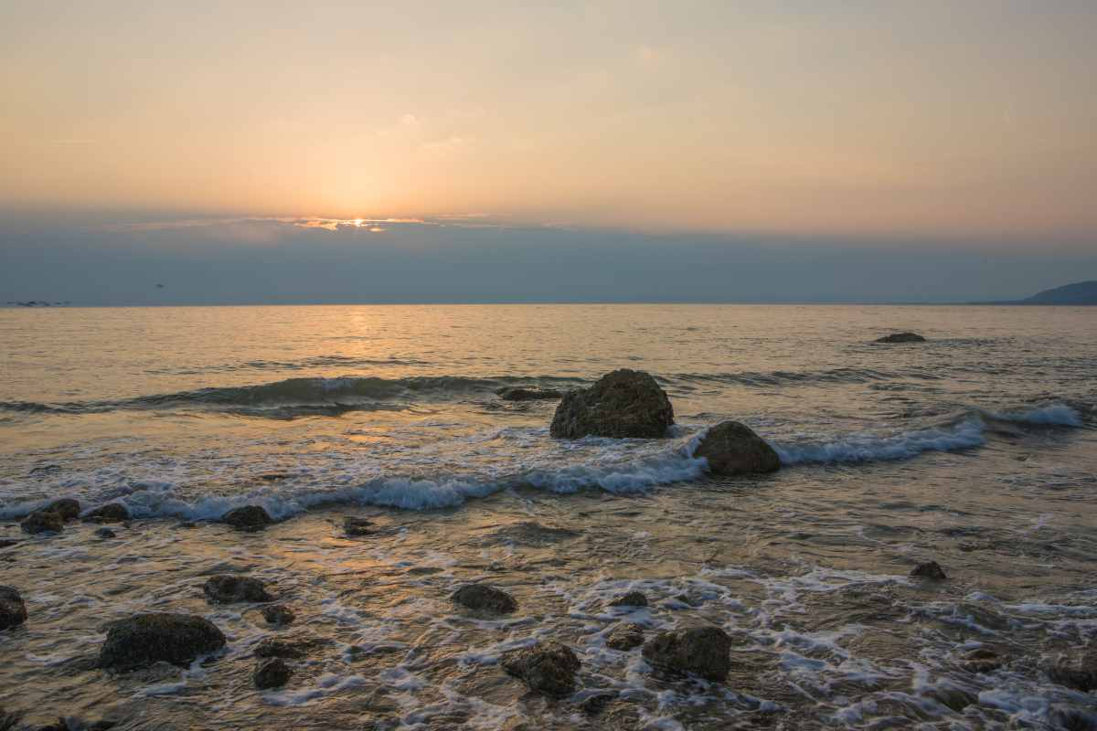 sea-waves-at-colwyn-bay-at-sunset-in-north-wales