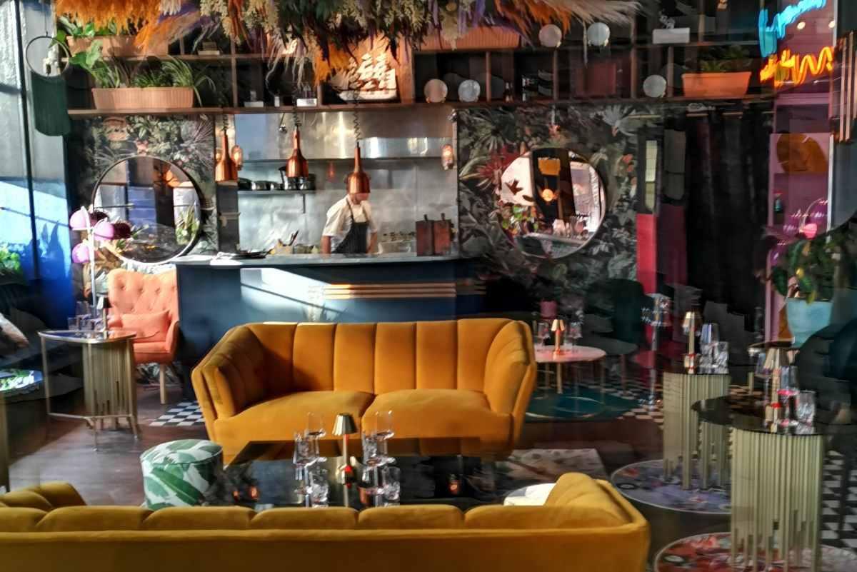 sofas-and-bar-inside-jolie-bar