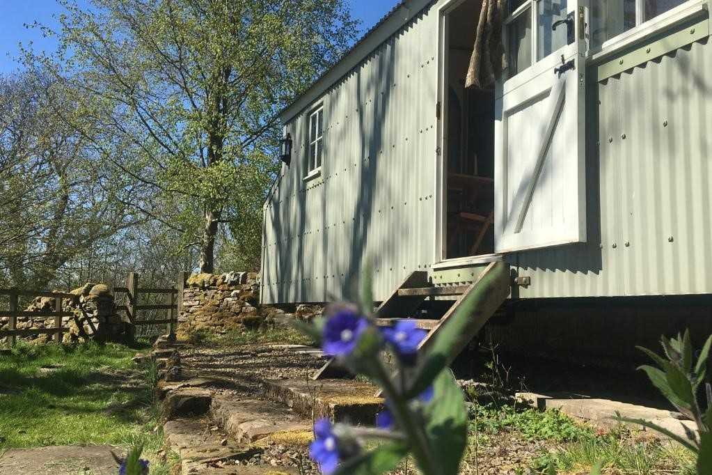 steps-leading-up-to-posh-huts-shepherds-hut-in-falstone