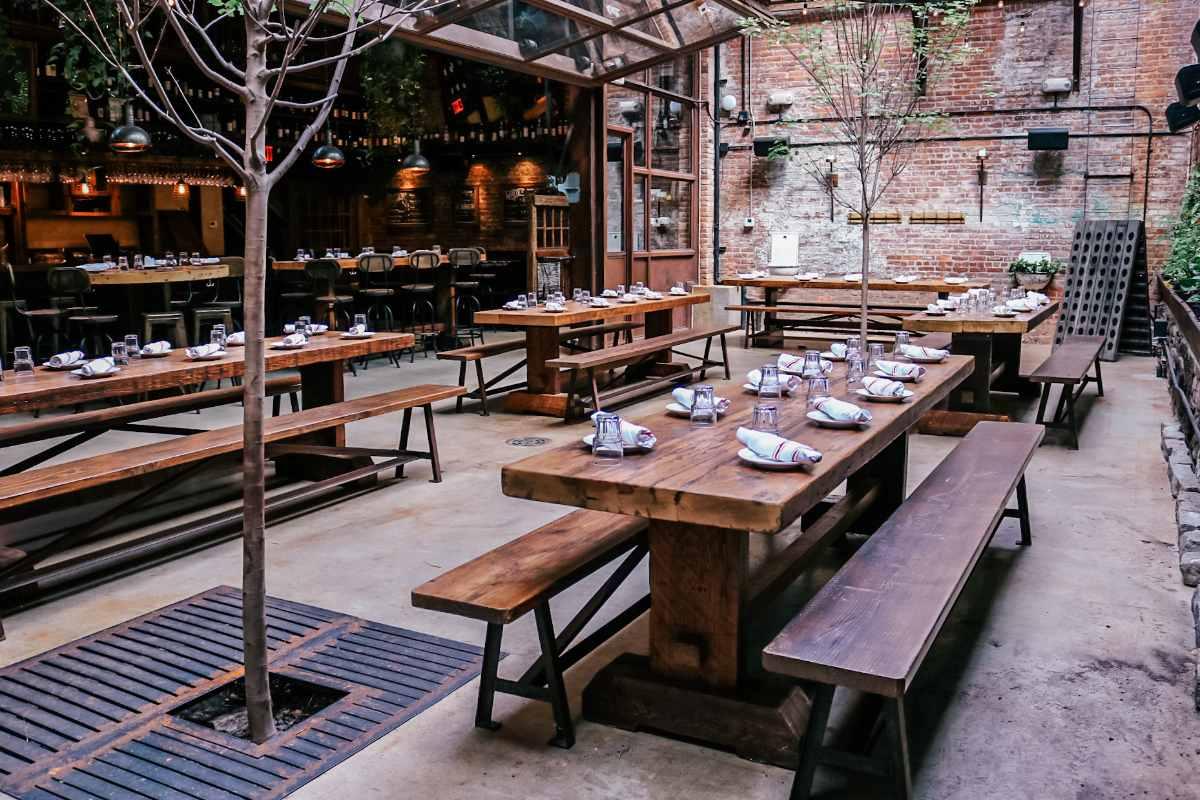 ainslie-italian-restaurant-pizza-beer-garden-bottomless-brunch-nyc