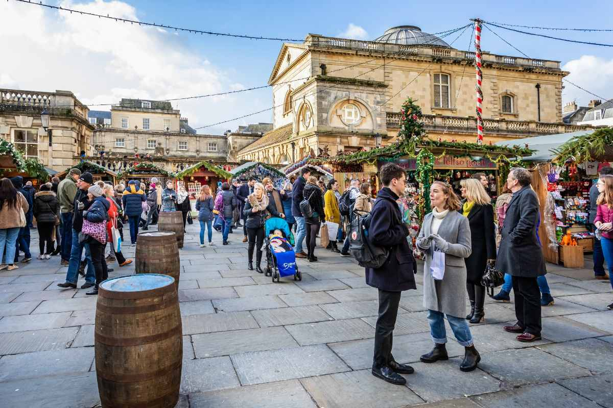 market-stalls-at-bath-christmas-market-free-things-to-do-in-bath