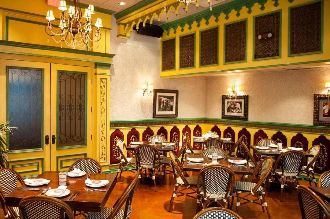 tables-inside-cuba-libre-restaurant