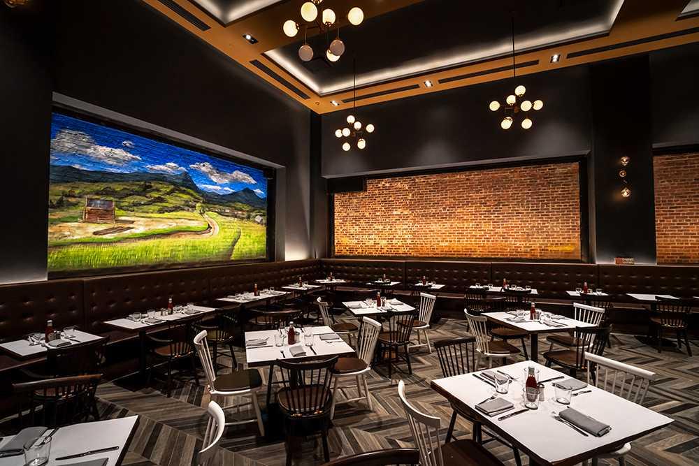 tables-inside-farm-to-burger-restaurant