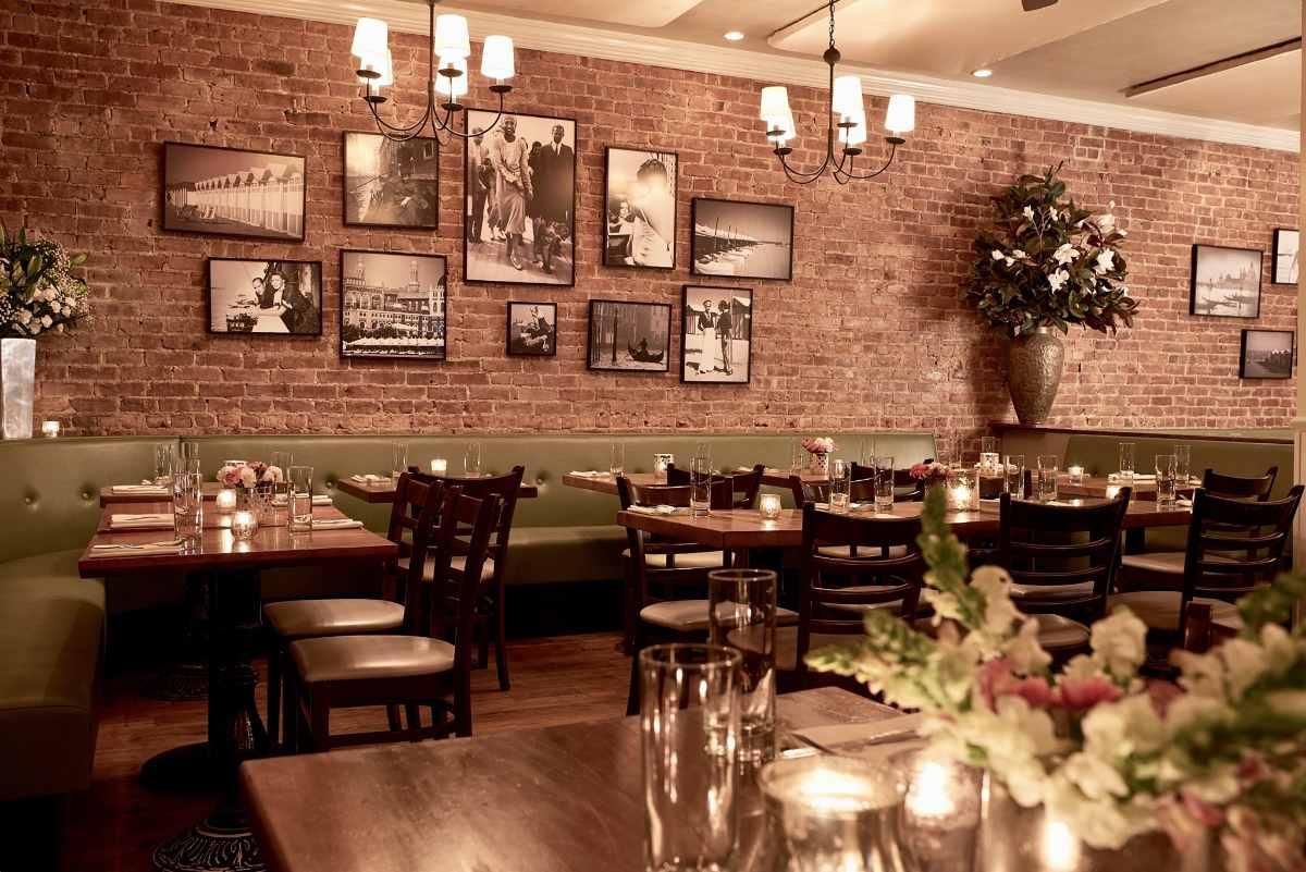 tables-inside-lido-restaurant-in-harlem