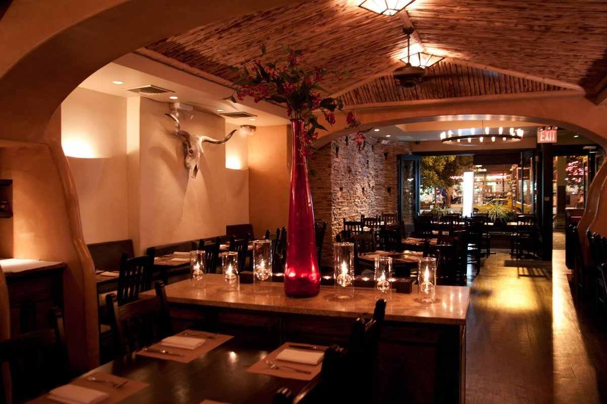 tables-inside-mojave-restaurant-at-night