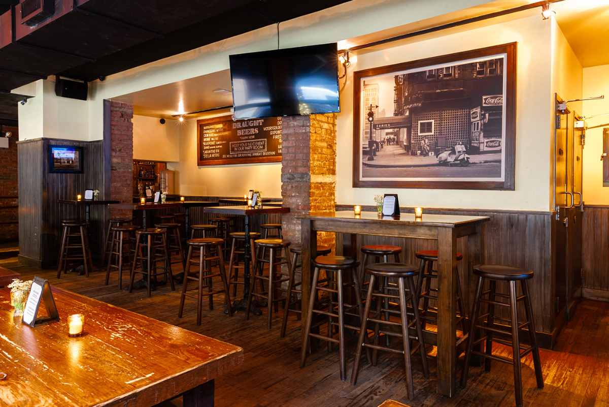 tables-inside-the-half-pint-restaurant