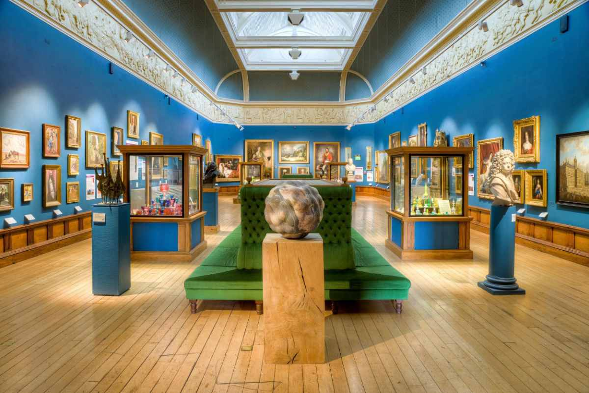 the-victoria-art-gallery-free-things-to-do-in-bath