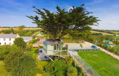 atlantic-treehouse-at-atlantic-surf-pods-cornwall-treehouses