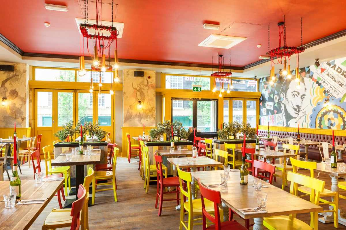 colourful-interior-of-la-tasca-spanish-cafe-bar-and-restaurant-bottomless-brunch-liverpool